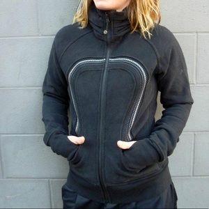 Sz 6 Lululemon black cuddle up jacket